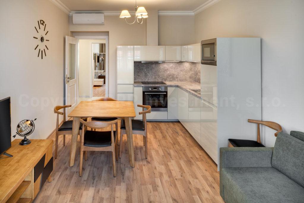 Private 2 schlafzimmern Wohnung zur Miete in Prag