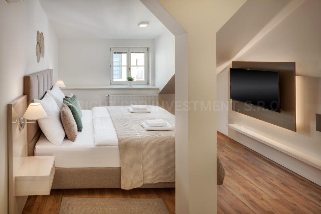 Deluxe Duplex Suite